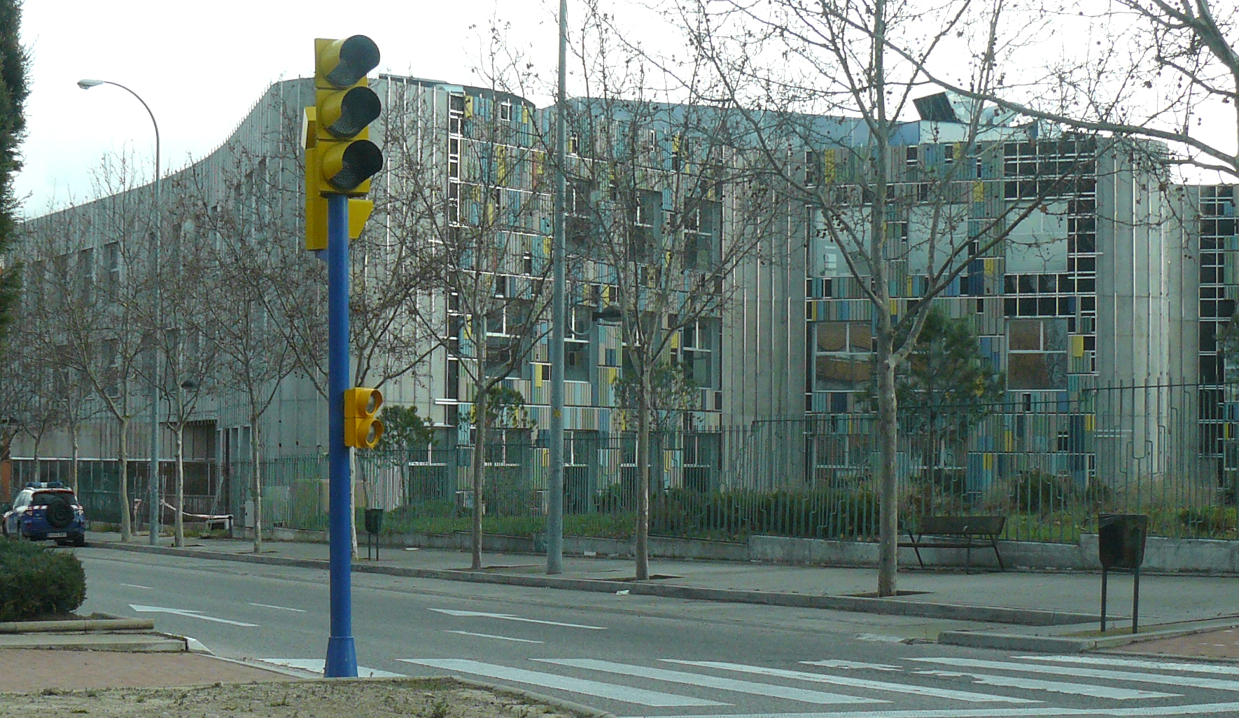 La Biblioteca Central de Leganés lleva años cerrada y sufre un expolio de 900.000 euros