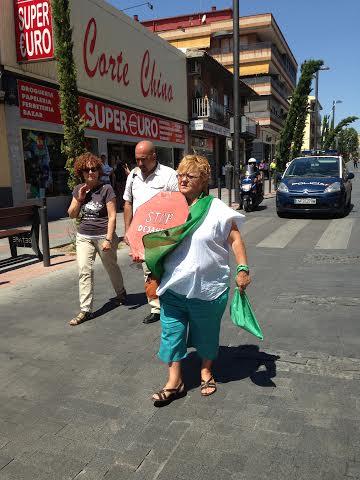 Manifestaci n de los afectados por desahucios en getafe de for Oficina kutxabank madrid