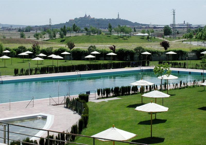 getafe abierta la piscina municipal de la alh ndiga
