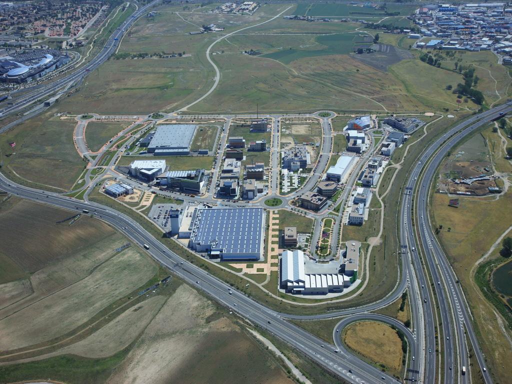 Resultado de imagen de El alcalde reclama a la Comunidad que agilice la construcción de los nuevos accesos a 'Legatec'