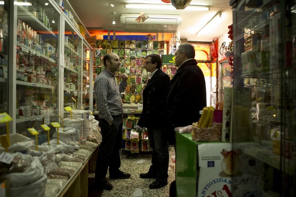 Reunión con comerciantes y empresarios de la ciudad