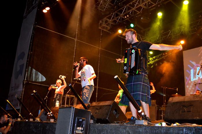 La Pegatina hace de sus conciertos fiestas memorables  /  Foto_ Sonia Baños