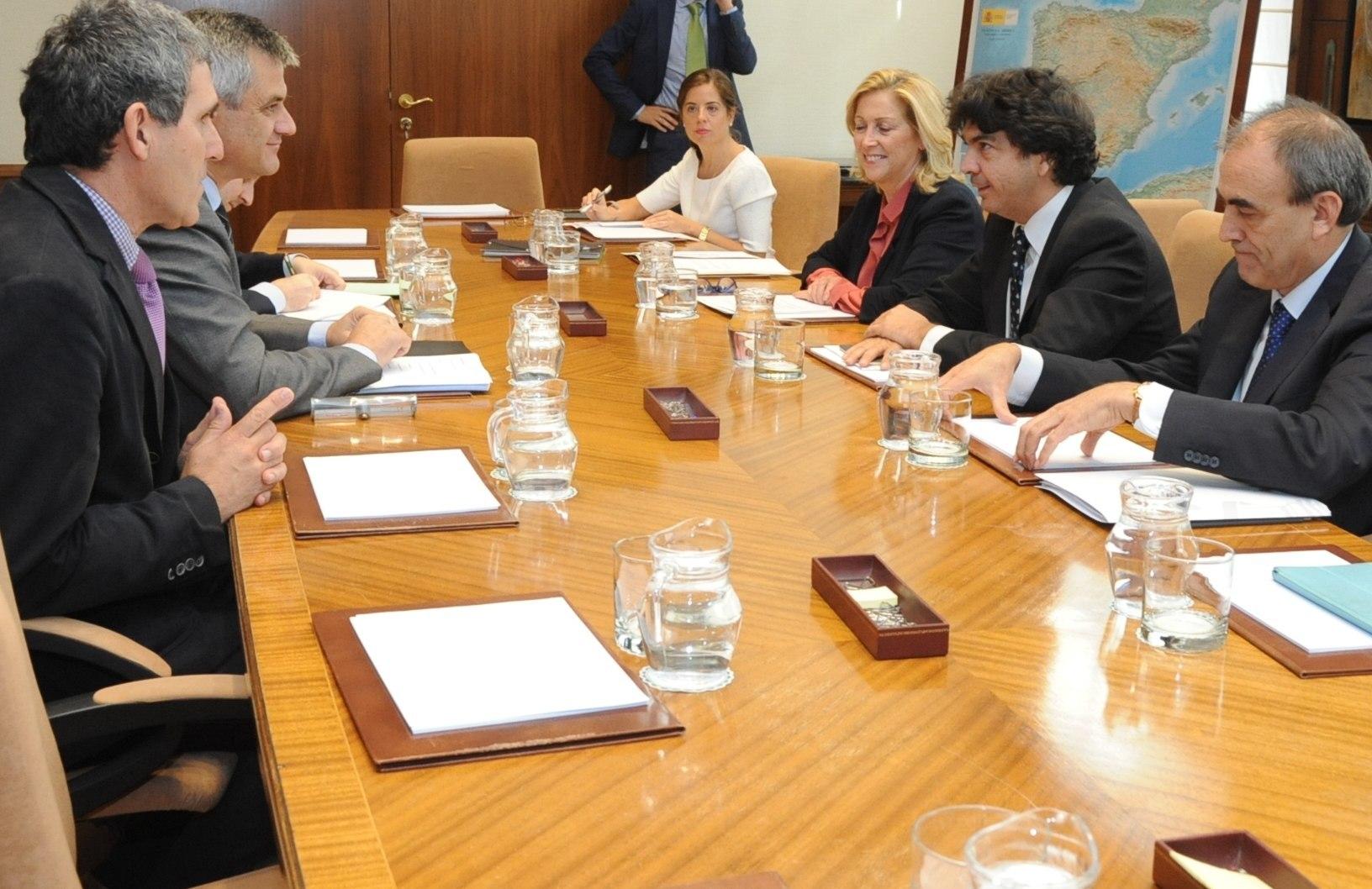 Reunión del Gobierno Local de Móstoles con el Ministerio de Fomento, ADIF y Gobierno Regional