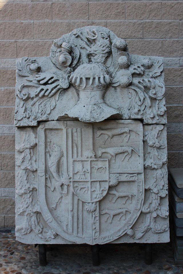 Escudo de los Ponce de León y Chacón, propietarios del mayorazgo de Polvoranca. Foto_Ruth Holgado.