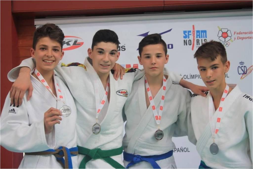 David Márquez, del gimnasio Manuel Jimenez, se proclamó campeón en la categoría de +90 kg
