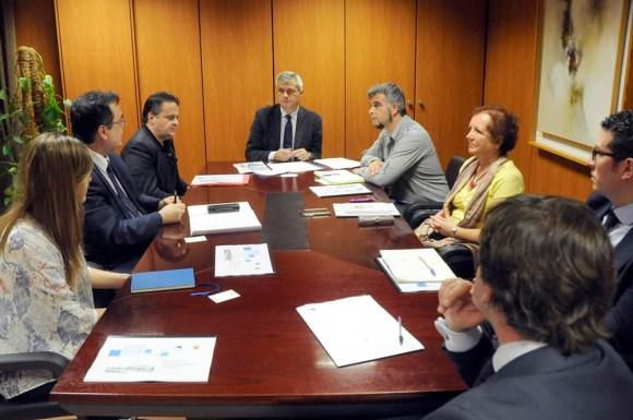 Endesa noticias para municipios for Oficina correos mostoles