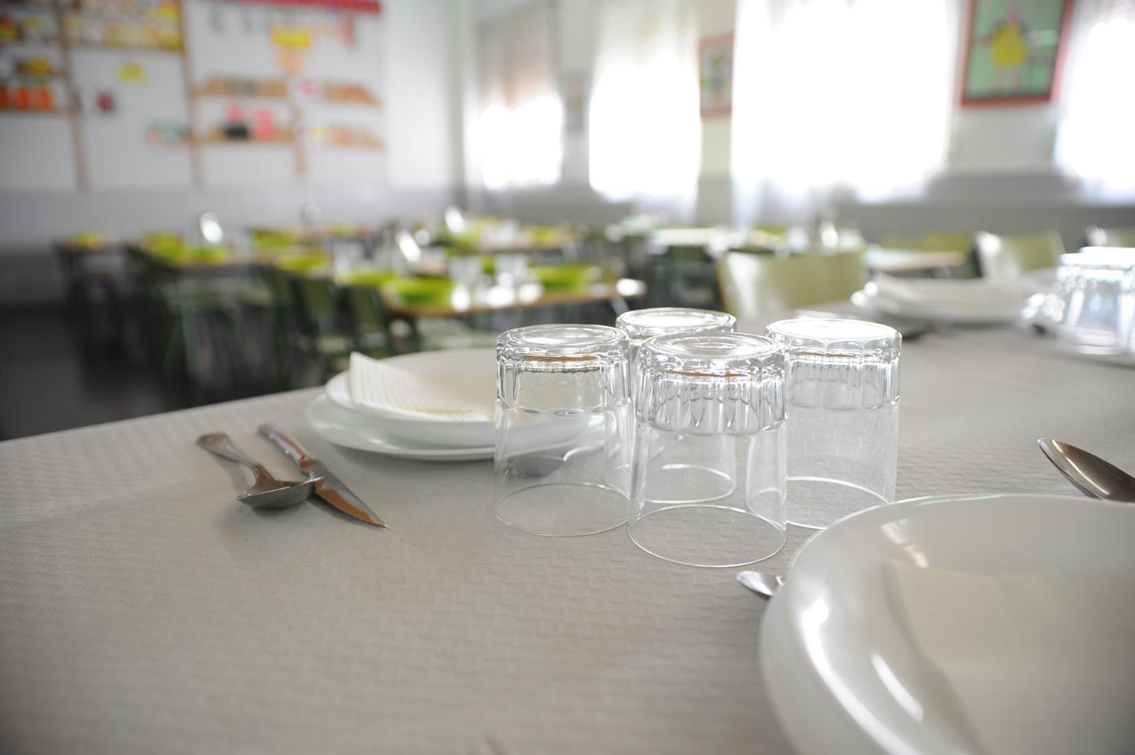 Fuenlabrada habr ayudas a comedor para casi ni os for Ayudas para comedor escolar