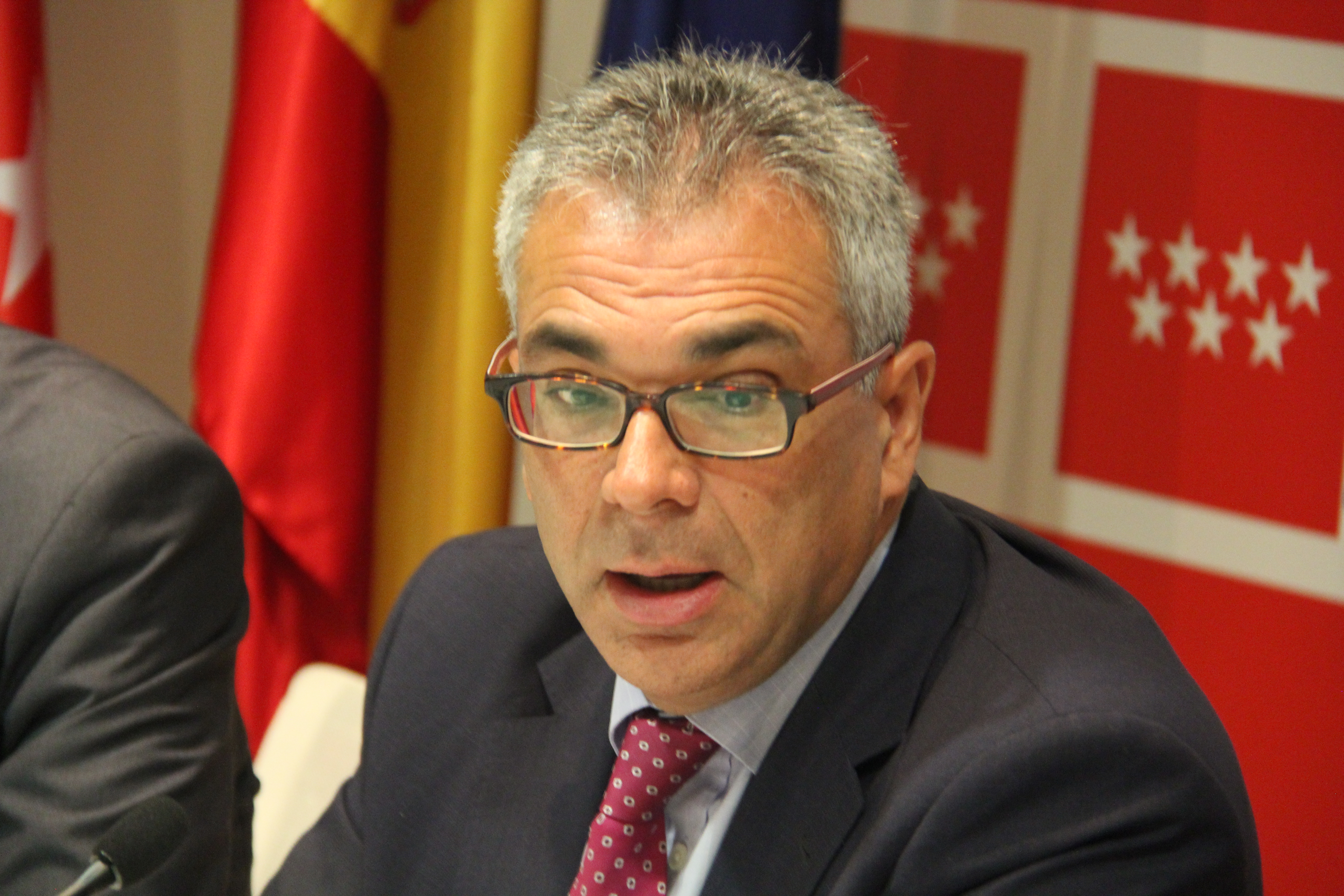 Carlos Izquierdo, Consejero de Políticas Sociales de la Comunidad de Madrid