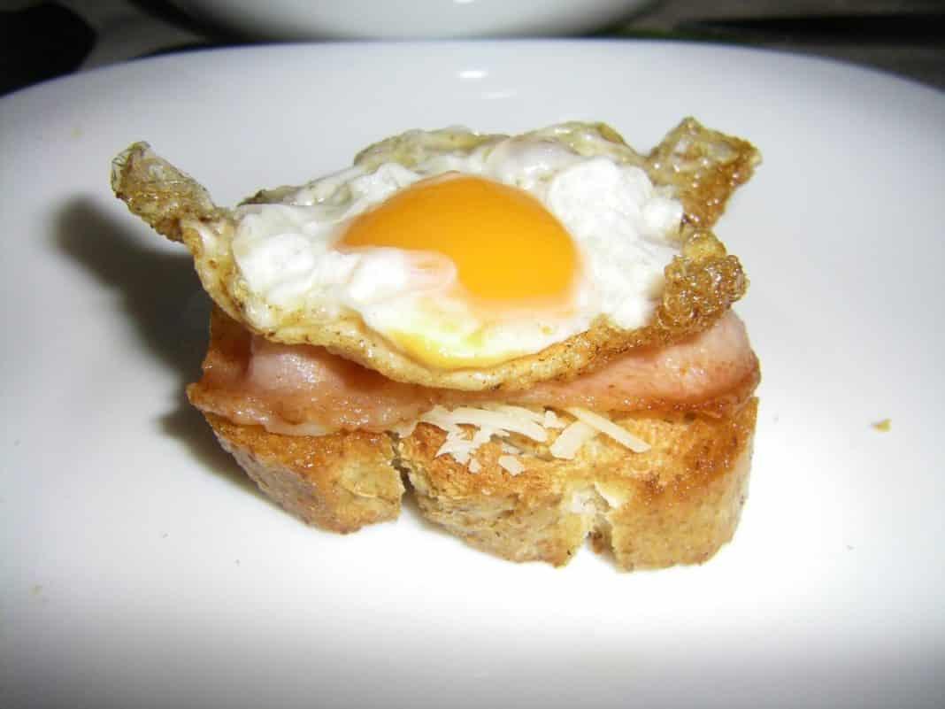 huevos bacon