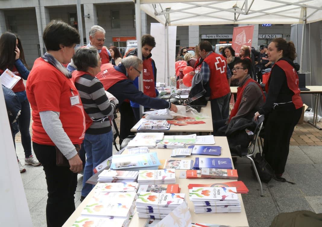 Legan s una decena de entidades sociales participar n en una jornada de promoci n del - Voluntariado madrid comedores sociales ...