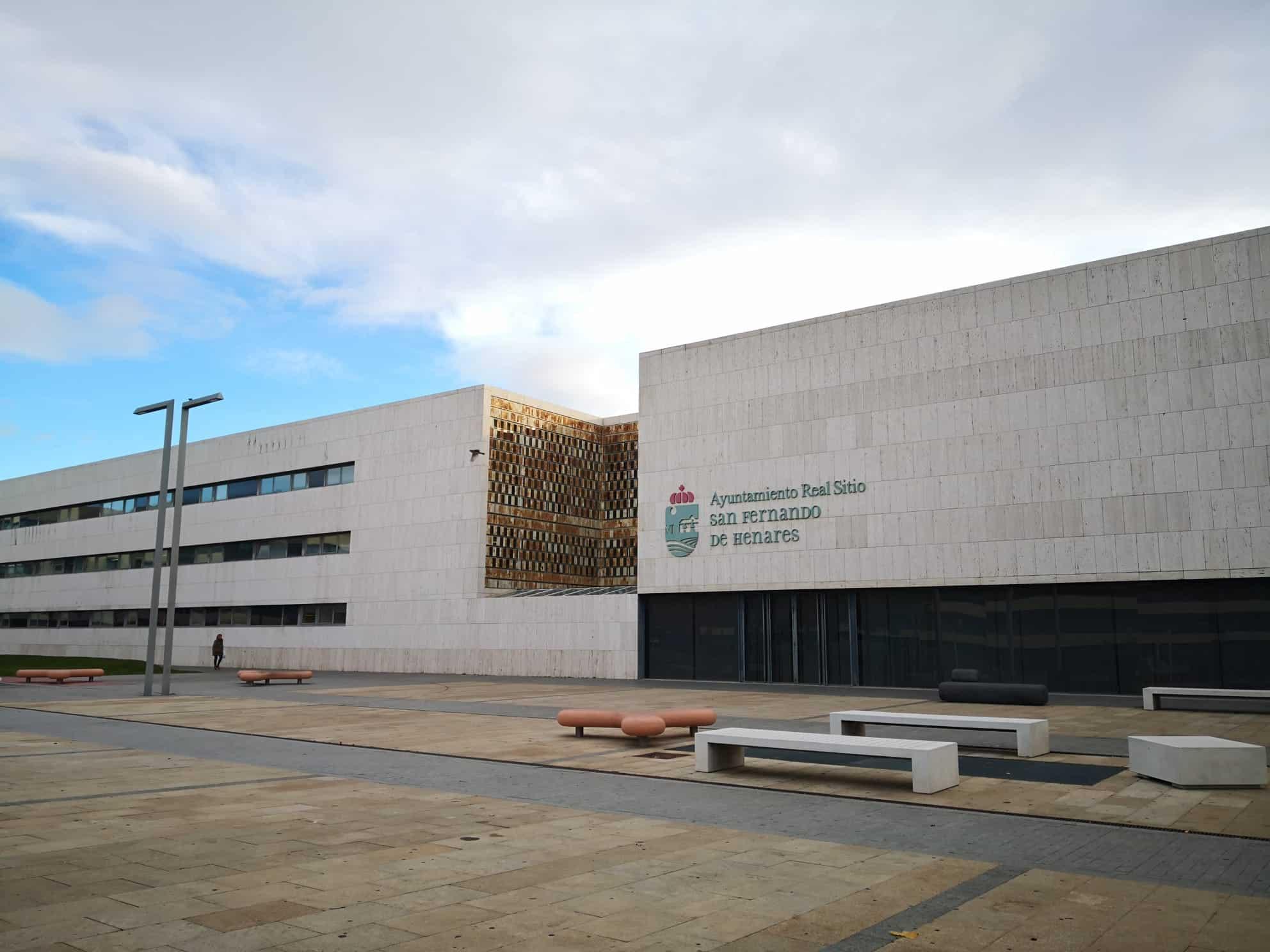 SAN FERNANDO DE HENARES/ El plan PIR llega en forma de aparcamiento, asfaltado y renovación de alumbrado - Noticias Para Municipios