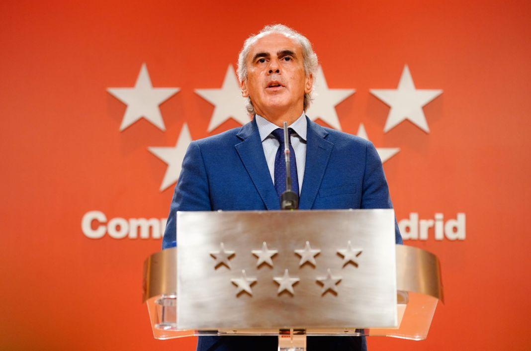 Madrid suspende reuniones familiares y diversión nocturna